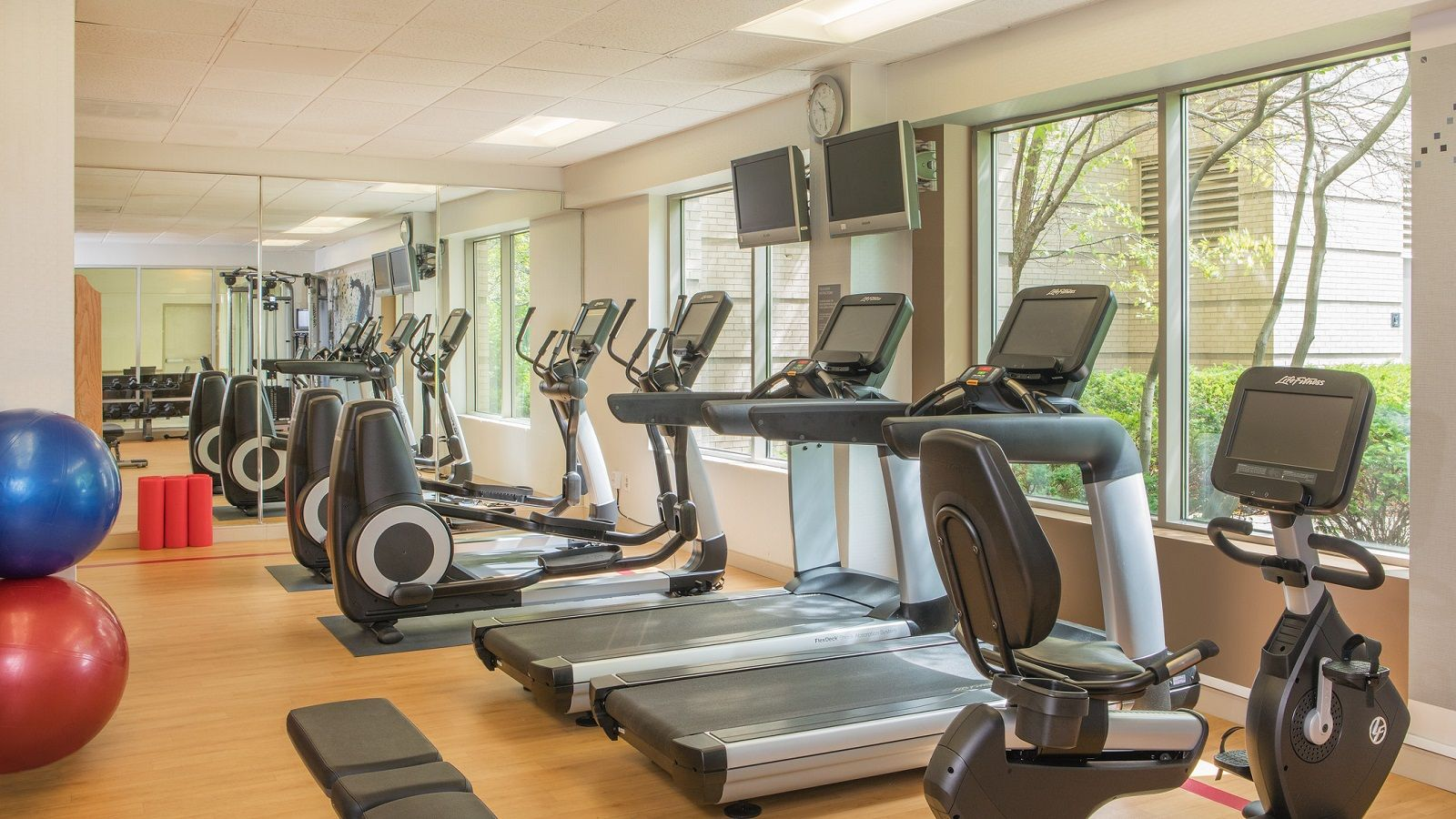 Hotel in Elk Grove - Fitness Center